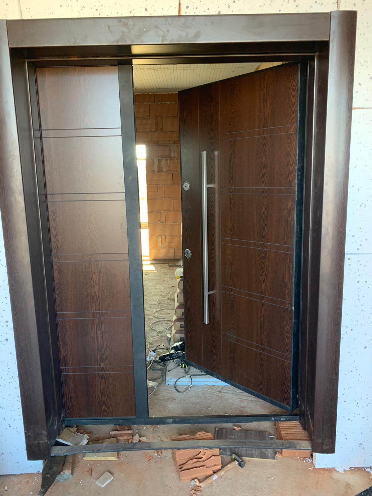 Входна врата 17